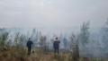 В тушении пожара принимают активное участие добровольцы пожарной службы